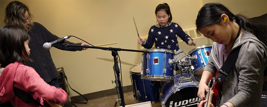 Canadian school providing low income families with music education
